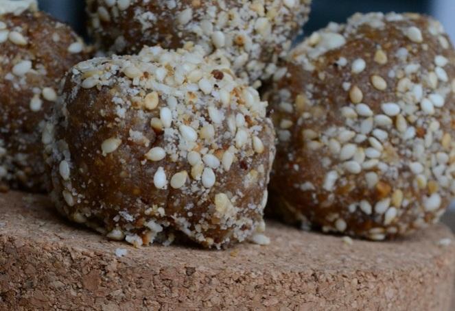energy ball cacahuete figue raw vegan