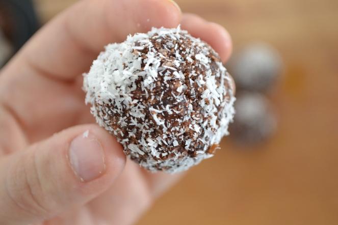 energy ball raw vegan coco cacao